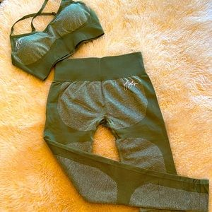 Athletic workout wear